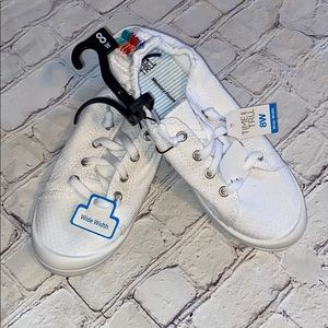 NWT Time and Tru Casual Tennis Shoe